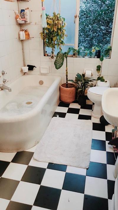 Take A Bath An Hour Before