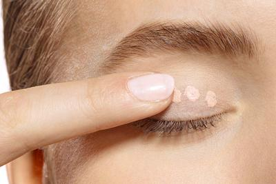 Gunakan Eyeshadow Primer