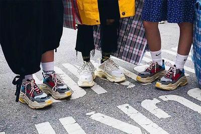 Tips Mix And Match dengan Chunky Sneakers Ini Bisa Bikin Gaya Kamu Semakin Keren