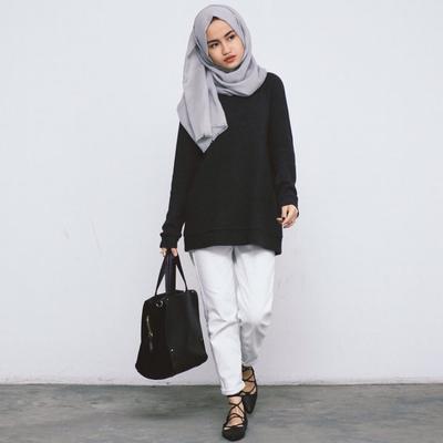 Hijab Warna Netral