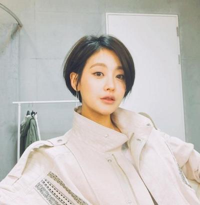 Yuk Tampil Fresh Dengan Model Rambut Pendek Ala Wanita