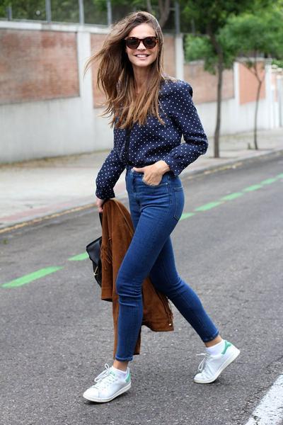 Gunakan Celanaj Jeans Atau Celana Panjang Biar Enggak Di Bully Senior Sirik