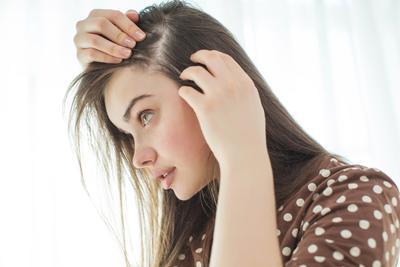 Enggak Perlu Lama! Berikut List Shampo Terbaik untuk Mengatasi Rambut Tipis dengan Cepat!