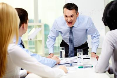 #FORUM Tak Nyaman dengan Bos, Bertahan atau Resign?