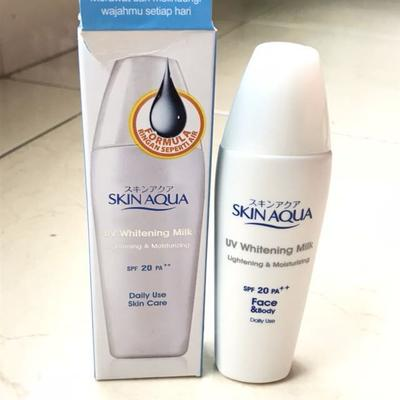 Tekstur dan Formula Skin Aqua UV Whitening Milk