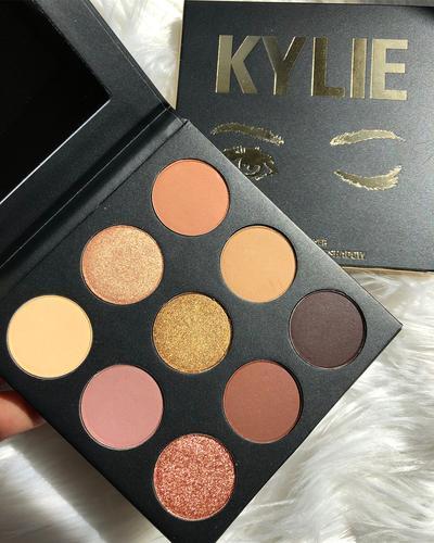 Mengintip Koleksi Baru The Sorta Sweet Palette dan Lip Trio dari Kylie Cosmetics