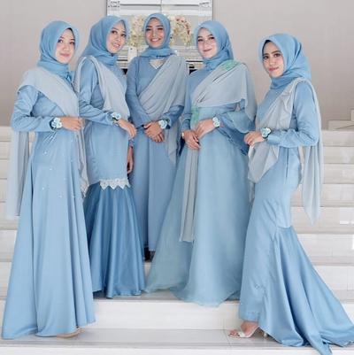 Wah, Ini Dia Ide Gaun Bridesmaid untuk Hijabers yang Sedang Populer Saat Ini