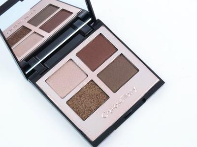 Coba The Dolce Vita Eyeshadow Palette dari Charlotte Tilbury untuk Mendapatkan Riasan Mata yang Bronzy