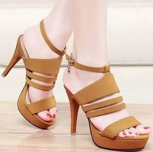 #FORUM Kalo Pilih High Heel Harus dari Segi Apa?