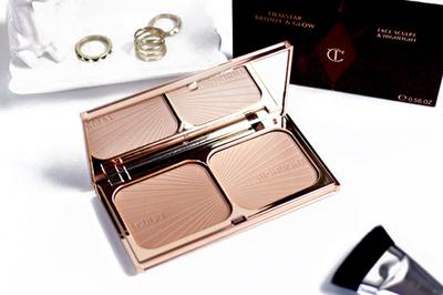 Charlotte Tilbury Filmstar Bronze & Glow, Bronzer atau Highlighter Duo yang Super Fancy!