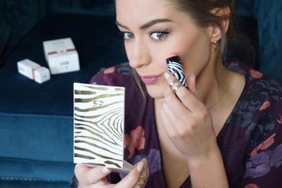 Review Sisley Paris Phyto-Blush Twist, Creamy Stick Blush yang Selembut Powder Blush!