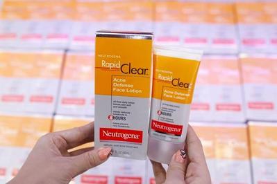 Serba-Serbi Rapid Clear Acne Defense Face Lotion Neutrogena