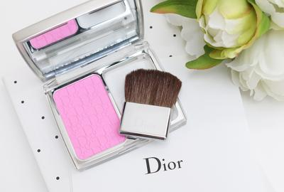 Pipi Segar Merona dengan Dior Rosy Glow Awakening Blush