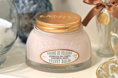 L'Occitane Almond Velvet Balm, Skin Care yang Bikin Kulit Lembap dan lembut Seketika!