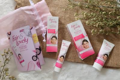 [NEWS] Wajah Cerah Seketika Seperti Memakai Bedak dengan Fair & Lovely 2 in 1 Powder Cream