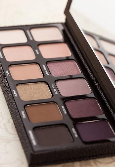 Yuk, Coba Laura Mercier Artist's Eye Palette untuk Kombinasi Warna Eyeshadow yang Lebih Elegan dan Cantik