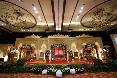 Di mana ya gedung pernikahan dengan harga sewa di bawah 10 juta aja?