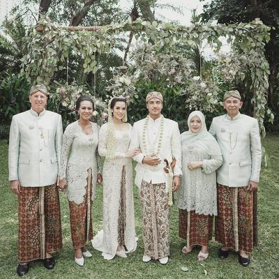 [FORUM] Kalau menikah pilih Pakai Adat Tradisional atau Internasional?