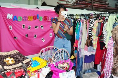 [FORUM] Buat baju yang gak kepakai, mendingan garage sale atau jual di Carousell ya?