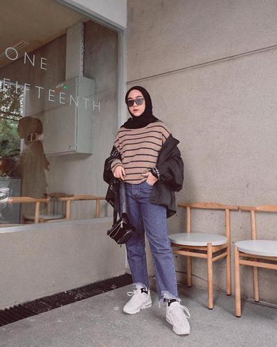 [FORUM] Buat Hijabers, gimana sih pose OOOTD biar dapat banyak like di Instagram?