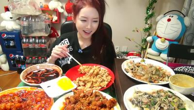 [FORUM] Pilih Makan Banyak atau Makan Sehat?