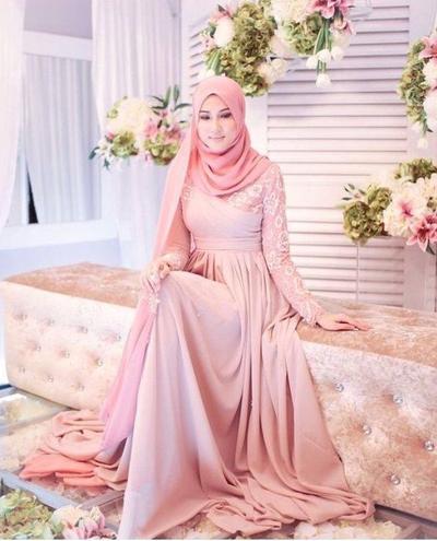 [FORUM] Rekomendasi Gaun untuk Muslimah
