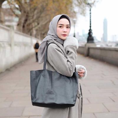 [FORUM] Bahan hijab yang bisa dipakai ke kampus apa ya?