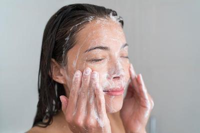 [FORUM] Pernah ga merasa wajah ketarik dan kaku setelah cuci muka?