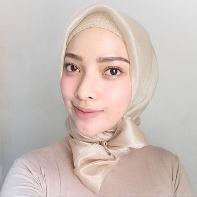 [FORUM] Kalo ke kondangan, sukanya pake hijab satin atau organza?