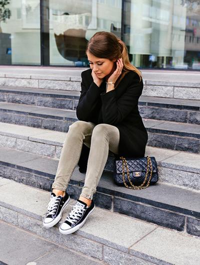 [FORUM] Pecinta Sneakers, Masih Tertarik Pakai Converse?