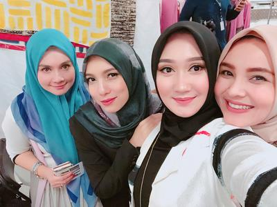 [FORUM] Siapa desainer hijab favorit kamu?