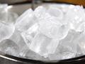[FORUM] Seberapa bahaya es batu yang dibuat dari air mentah?