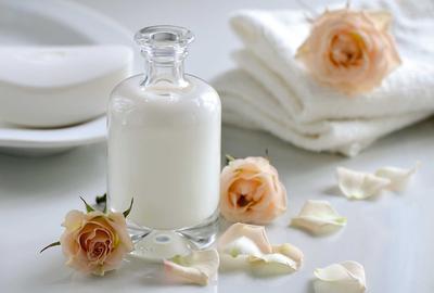 [FORUM] Untuk kecantikan lebih bagus susu kambing atau sapi?