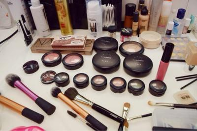 [FORUM] Produk makeup apa aja yang paling cepet habis kamu pakai?