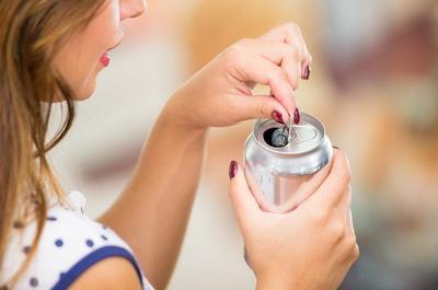 [FORUM] Bahayakah minum soda sering-sering untuk wanita?