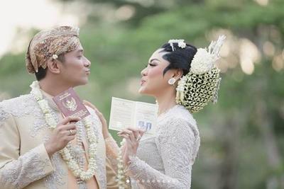 [FORUM] Menikah dengan bantuan biaya dari orangtua 100% menurut kamu gimana??