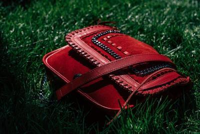 [FORUM] Kalian kalo beli sling bag gitu biasanya di mana ya? Ada rekomendasi?
