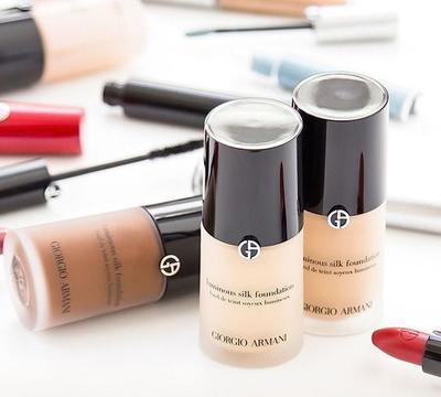 Giorgio Armani Luminous Silk Foundation Ini Bagus untuk Hasilkan Dewy Makeup Lho!