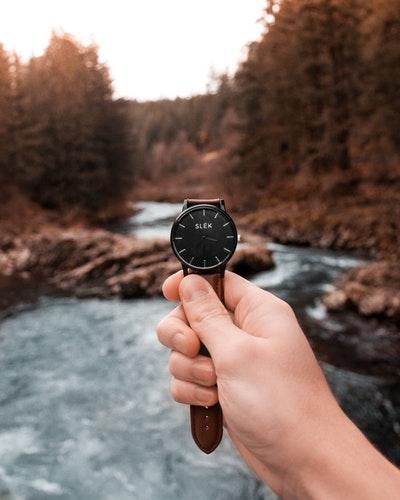 [FORUM] Lebih suka jam tangan analog atau digital nih kalian?