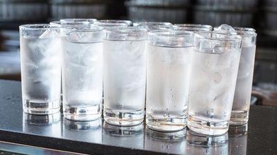 [FORUM] Suka minum air dingin terus-terusan bikin badan gemuk, beneran ga?