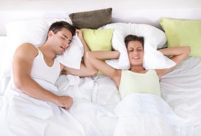 [FORUM] Suami Mengorok Keras Sampai Nggak Bisa Tidur, Kita Harus Apa?