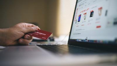 [FORUM] Lebih Nyaman Belanja Produk Fashion di Shopee atau Tokopedia?