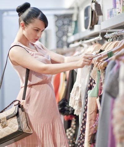 [FORUM] Mendingan beli baju sedikit tapi branded atau murah banyak tapi gak bermerk?