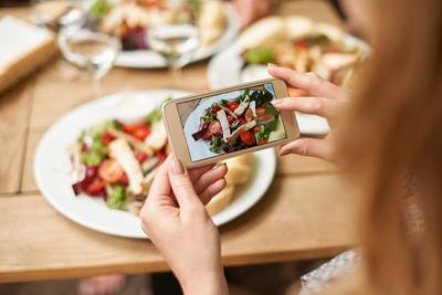 [FORUM] Kamu Tim ke Resto Demi Makanan atau Feed Instagram?