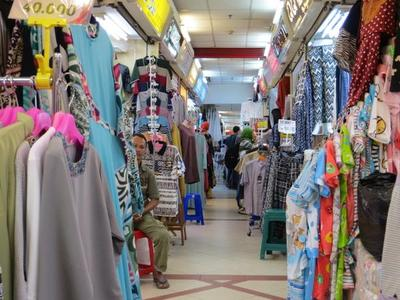 [FORUM] Kenapa ya baju di Tanah Abang bisa murah-murah banget?