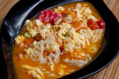 [FORUM] Apa benar makan makanan pedas bisa bikin sakit perut?