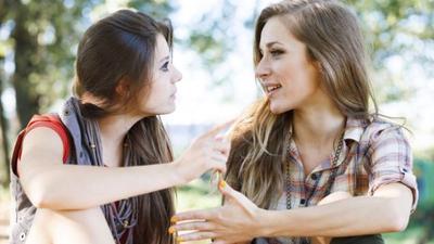 [FORUM] Kalian Tipe Senang Bercerita atau Mendengarkan?