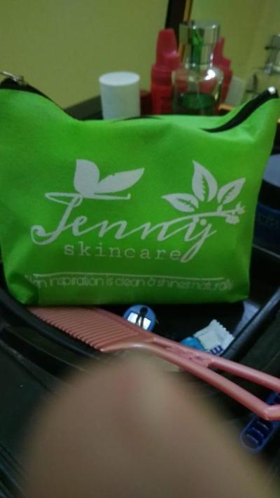 [FORUM] Hey Ladies, jenny skincare itu berbahaya apa enggak sih? ada yang pernah coba krim jennyskincare?