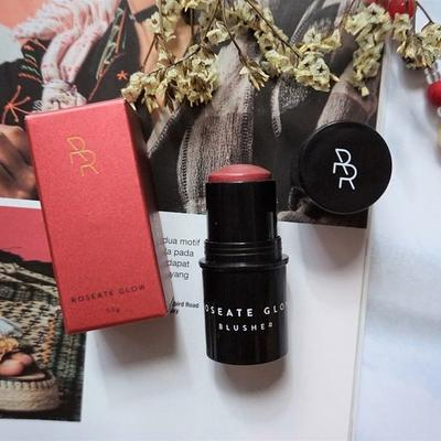 Rollover Reaction HALOLIGHT #Roseate Glow, Stick Blush yang Super Easy to Apply!