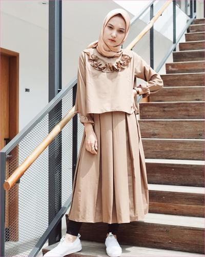 Tampil Stylish Dan Fashionable Dengan Model Dress Hijabers Yang Bisa